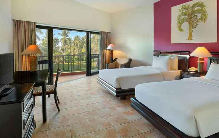 Mercure Manado Tateli Beach Resort Minahasa - Twin Superior Pool View With Two Single Beds