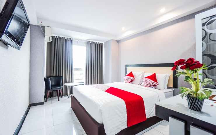 OYO 1318 Hotel Prince Boulevard Manado - Suite Deluxe