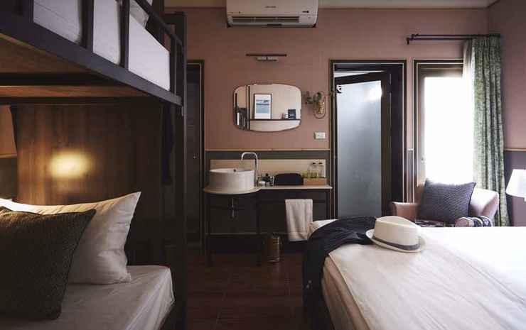 Josh Hotel Bangkok - Family Room Standard
