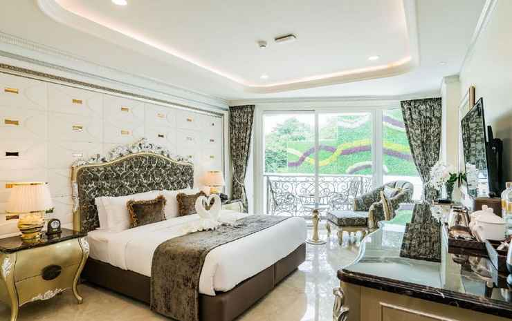 LK Emerald Beach  Chonburi - Double Deluks Pemandangan Kolam Renang
