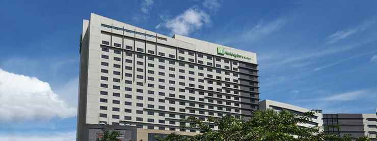 EXTERIOR_BUILDING Holiday Inn & Suites MAKATI