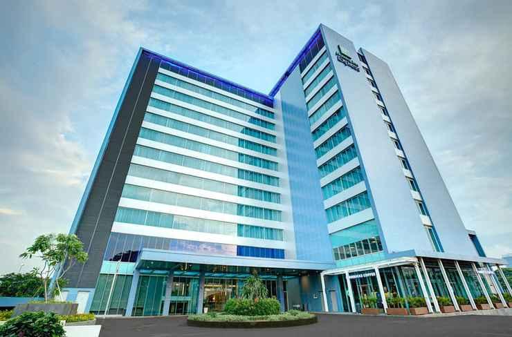 EXTERIOR_BUILDING Holiday Inn Express JAKARTA INTERNATIONAL EXPO
