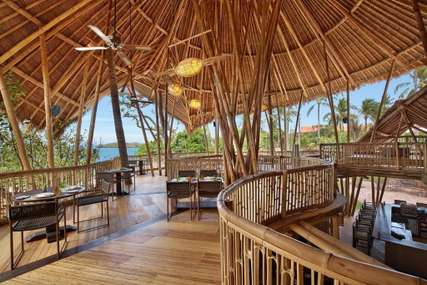 10 Tempat Makan Enak di Bali dengan Cita Rasa Tinggi, Erika Silviana