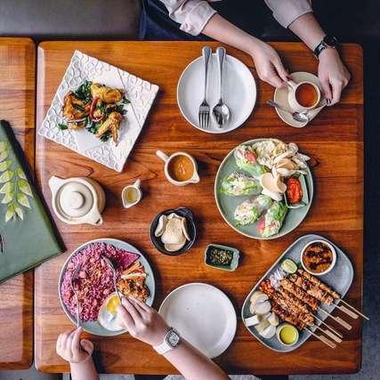 12 Restoran di Surabaya Ini Sajikan Masakan Khas Paling Enak, Erika Silviana