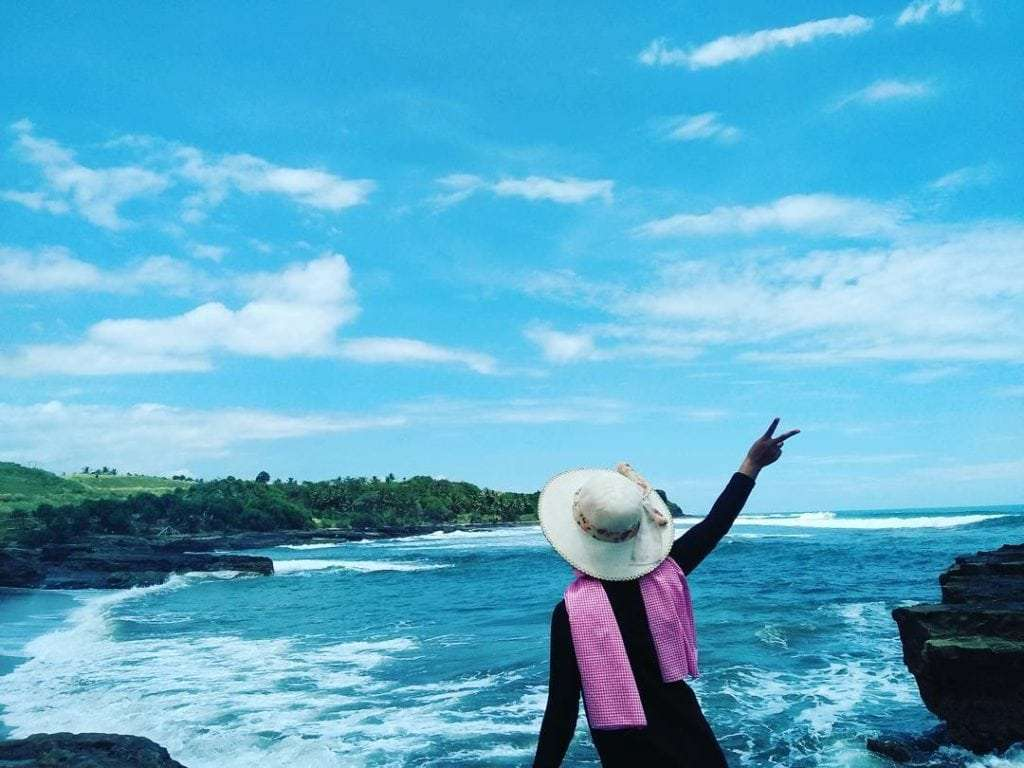 9 Pantai di Garut yang Bisa Kamu Kunjungi