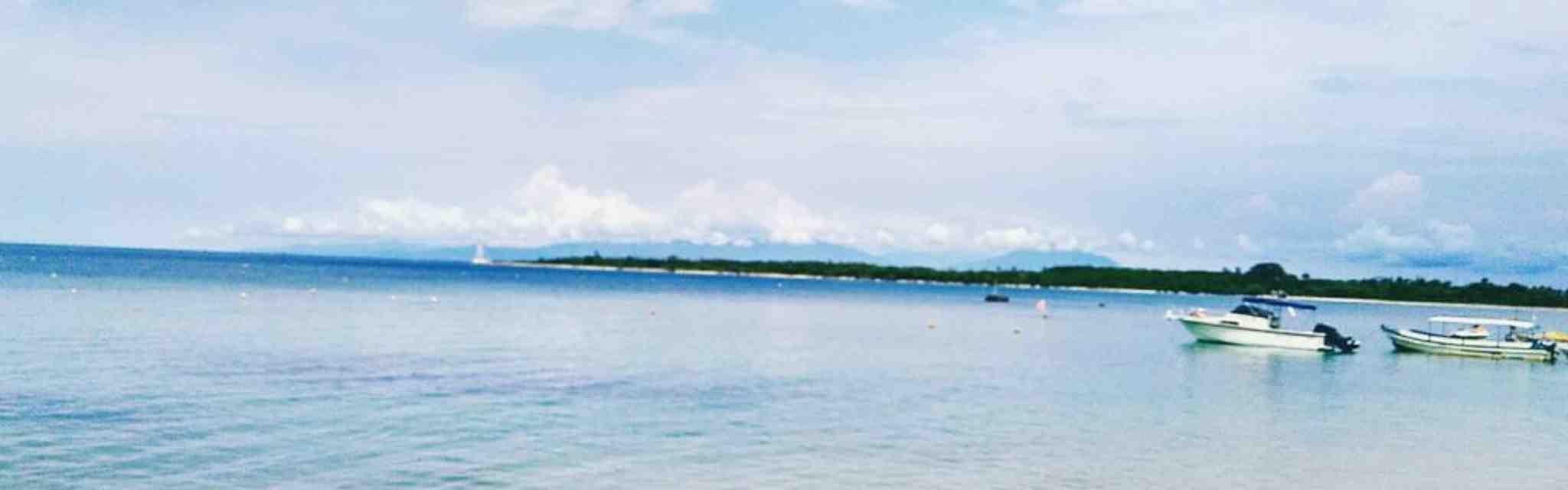 10 Pantai di Banten untuk Kamu yang Ingin Liburan Tak Biasa