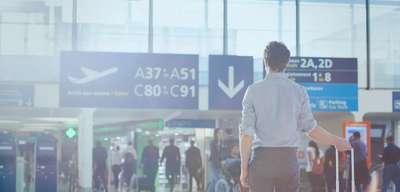 Cara Naik Pesawat untuk yang Baru Pertama Kali, Traveloka Team