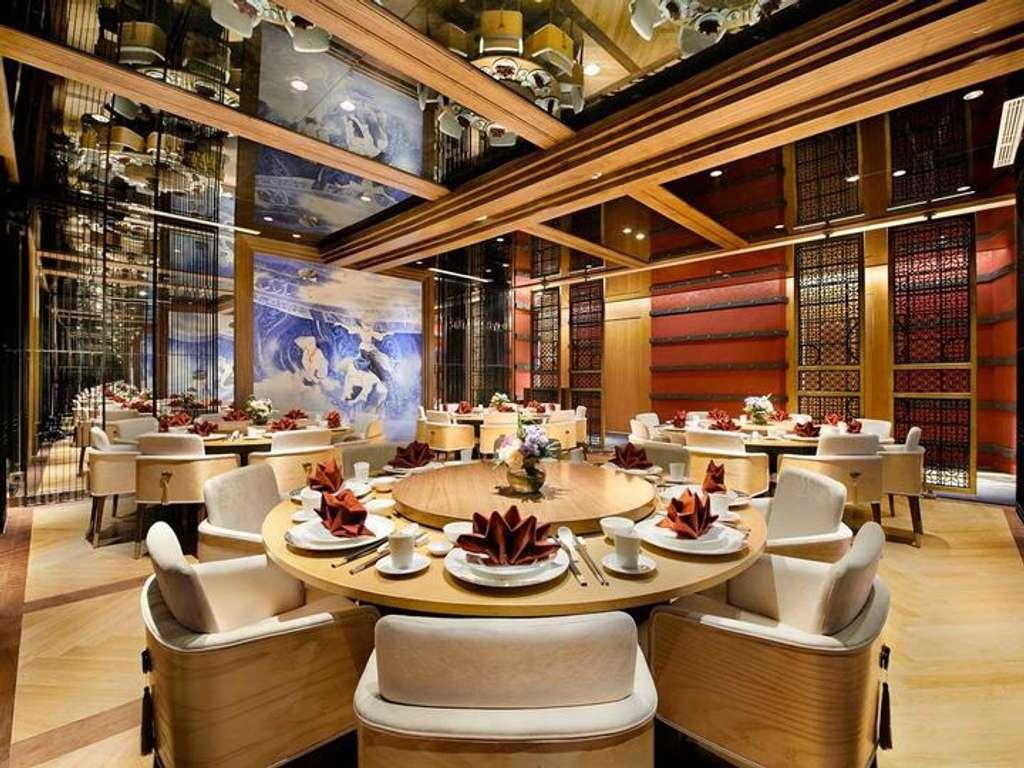 5 Rekomendasi Hotel Dengan Restoran Terbaik Di Surabaya Untuk Pecinta Kuliner