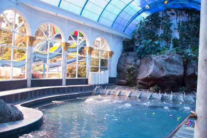 7 Hotel Dengan Kolam Renang Indoor Terbaik Di Bandung