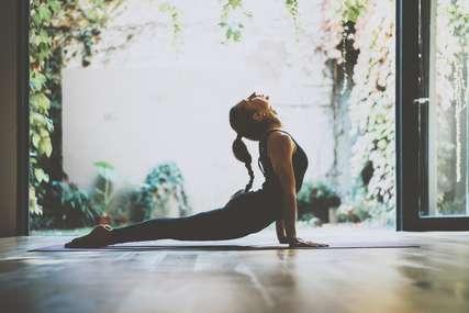 Lawan COVID-19 dengan Perkuat Sistem Imun Melalui Yoga