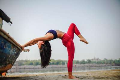 Kisah Ferna Tjhia: Mendalami Yoga karena Patah Hati, Nida Amalia