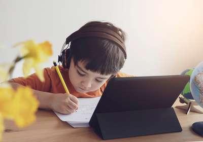 Mams, Ini Tips Saat Mempersiapkan Kembali Anak ke Sekolah di Era New Normal!, Traveloka Xperience