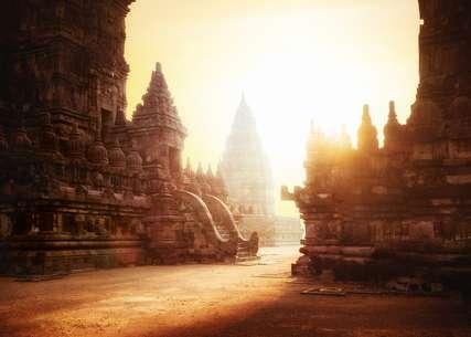 Wisata Sejarah di Yogyakarta, Traveloka Accomodation