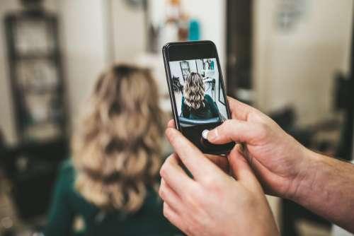 Cara Sukses Memulai Bisnis Digital Salon Kecantikan, Xperience Team