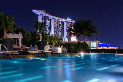 Experience Magical Nights at the Top 5 Luxury Hotels in Singapore, Traveloka Team