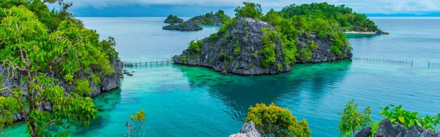 11 Destinasi Pulau Terindah Di Indonesia