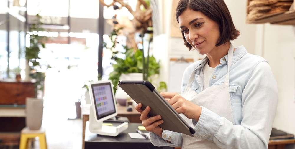 Strategi Hadapi Tantangan Bisnis Online untuk Pemilik Salon, Xperience Team