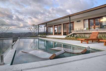 7 Rekomendasi Vila dengan Private Pool di Lombok, Markus Yohannes