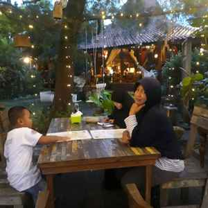 Joglo Agung Resto and Gallery