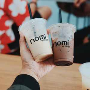 Nomi On The Go