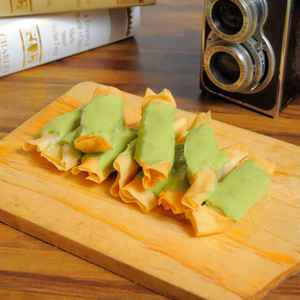 Sang Pisang - Roxy Sahid (Free Delivery)