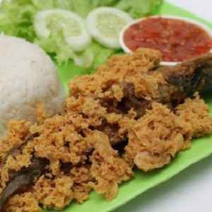 Pecel Ayam Kremes Ayu Solo - (Free Delivery)
