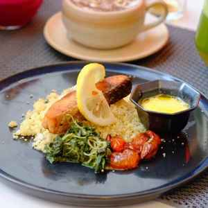 Mangia Coffee & Kitchen at Hotel Verse Luxe