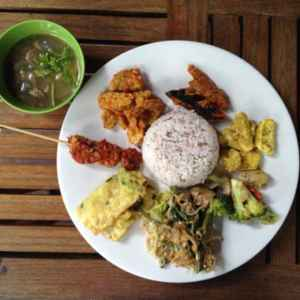 WH Vegetarian (Free Delivery)