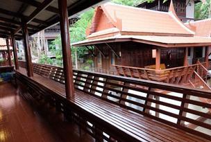บ้านไทยแสงเทียนรีสอร์ท