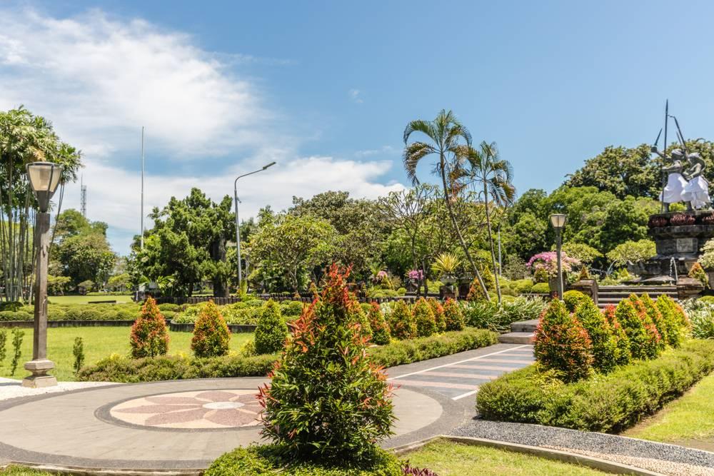 Lapangan Puputan, Badung Garden