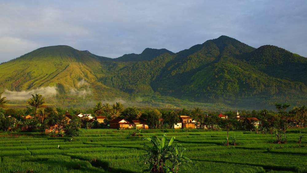 Tempat Wisata Di Garut Beserta Gambar Pilihan Traveloka