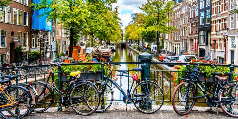 khung canh dac trung o amsterdam