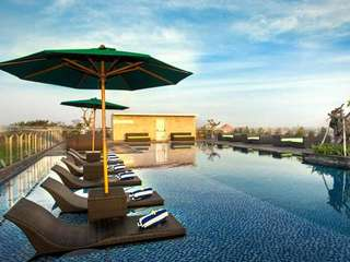 Rooftop Pool Package at H Sovereign, THB 160.19