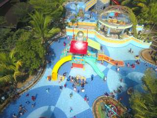 OPI Water Fun Tickets, Rp 26.000
