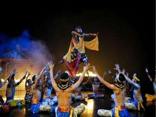 Devdan Show di Devdan Theater Bali , Rp 50.000