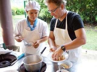 คลาสเรียนทำอาหารไทยที่ปฐม ออร์แกนิกฟาร์ม (Patom Organic Farm), THB 1,500