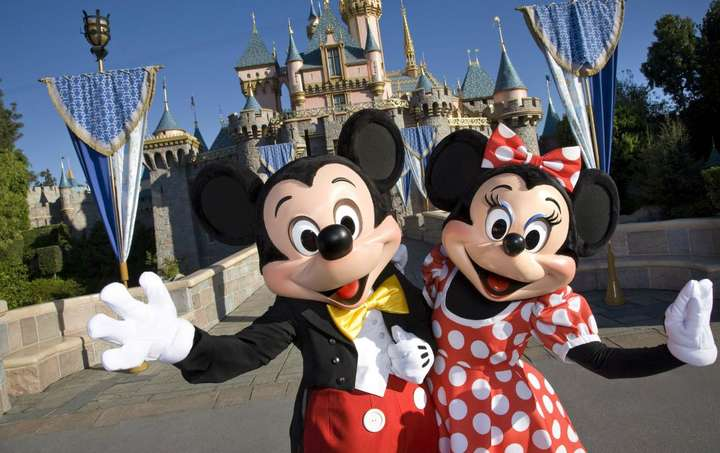 Disneyland California Or Disney California Adventure Park Tickets Exclusive Deal By Traveloka Xperience