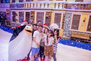 [SALE 25%] Snow Town Saigon Tickets - Easy Access, THB 168