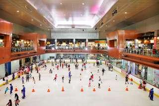 Tiket BX Ice Rink di Bintaro Jaya XChange Mall Tangerang Selatan, Rp 100.000