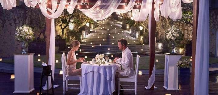 Romantic Dinner At Alun Alun Overlooking The Valley Exclusive Deal