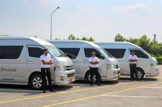 บริการรถรับ-ส่งจากสนามบินกระบี่ (KBV) ไปยังกระบี่ ภูเก็ต พังงา สงขลา หรือสุราษฎร์ธานี โดย TTD, THB 545