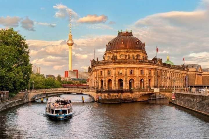 Museum Island Berlin Tickets Special Promotion At Traveloka Xperience