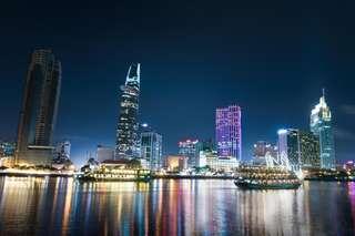 [GIẢM 17%] Ăn tối trên sông Sài Gòn - Tour đêm, VND 650.000