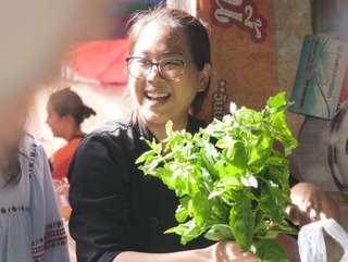 เรียนทำอาหารไทยแท้ & เที่ยวตลาดสดท้องถิ่น กับ House of Taste สุขุมวิท, THB 1,200