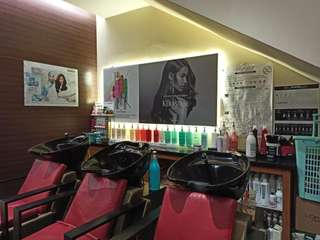 Fames Hair Makeup Dress, Rp 80.000
