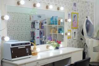 Swan Salon, Rp 75.000
