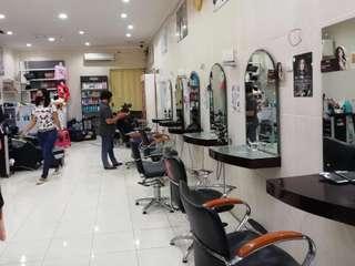 Lia Salon, Rp 60.000