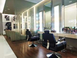Dhea Salon, Rp 150.000