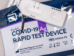 [CHỈ Ở TPHCM] Dịch vụ giao tận nhà kit test Covid-19 từ DOCOSAN, VND 140.000