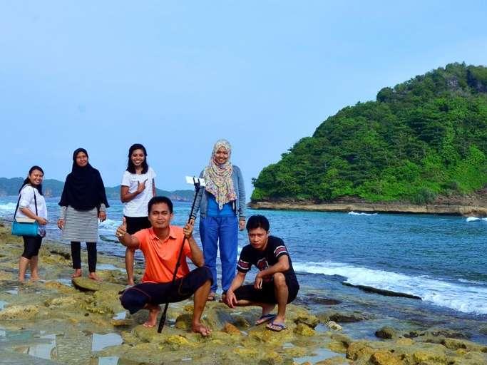 Explore South Malang Beaches 1 Day Tour Price Promotion 2020 Traveloka